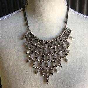 Chico's sparkley necklace